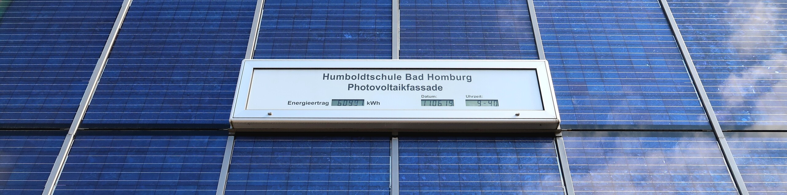Photovoltaik-Fassade der Humboldtschule