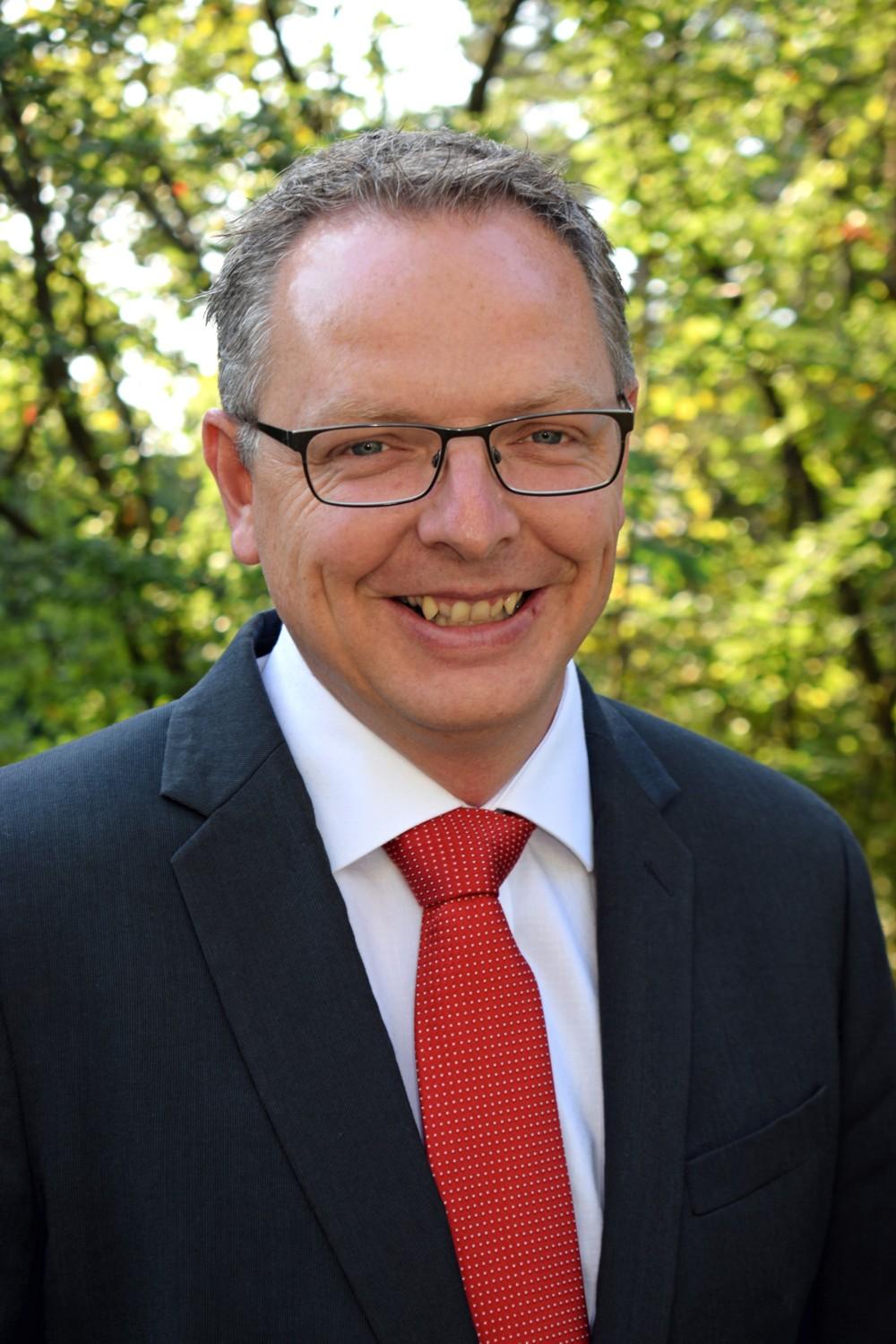 Herr Irnich (Stv. Schulleiter)