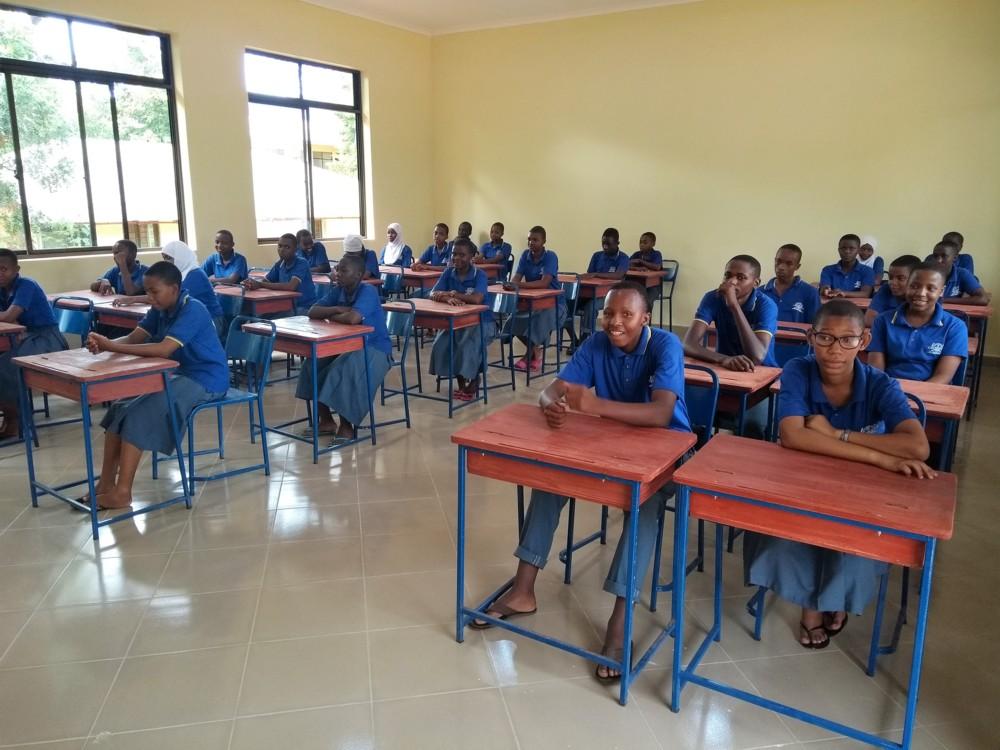 Neues Klassenraumgebäude in Mwanga (Tansania)